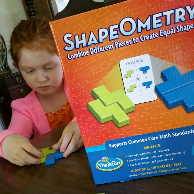 Geometric Puzzle Fun With ShapeOmetry Game